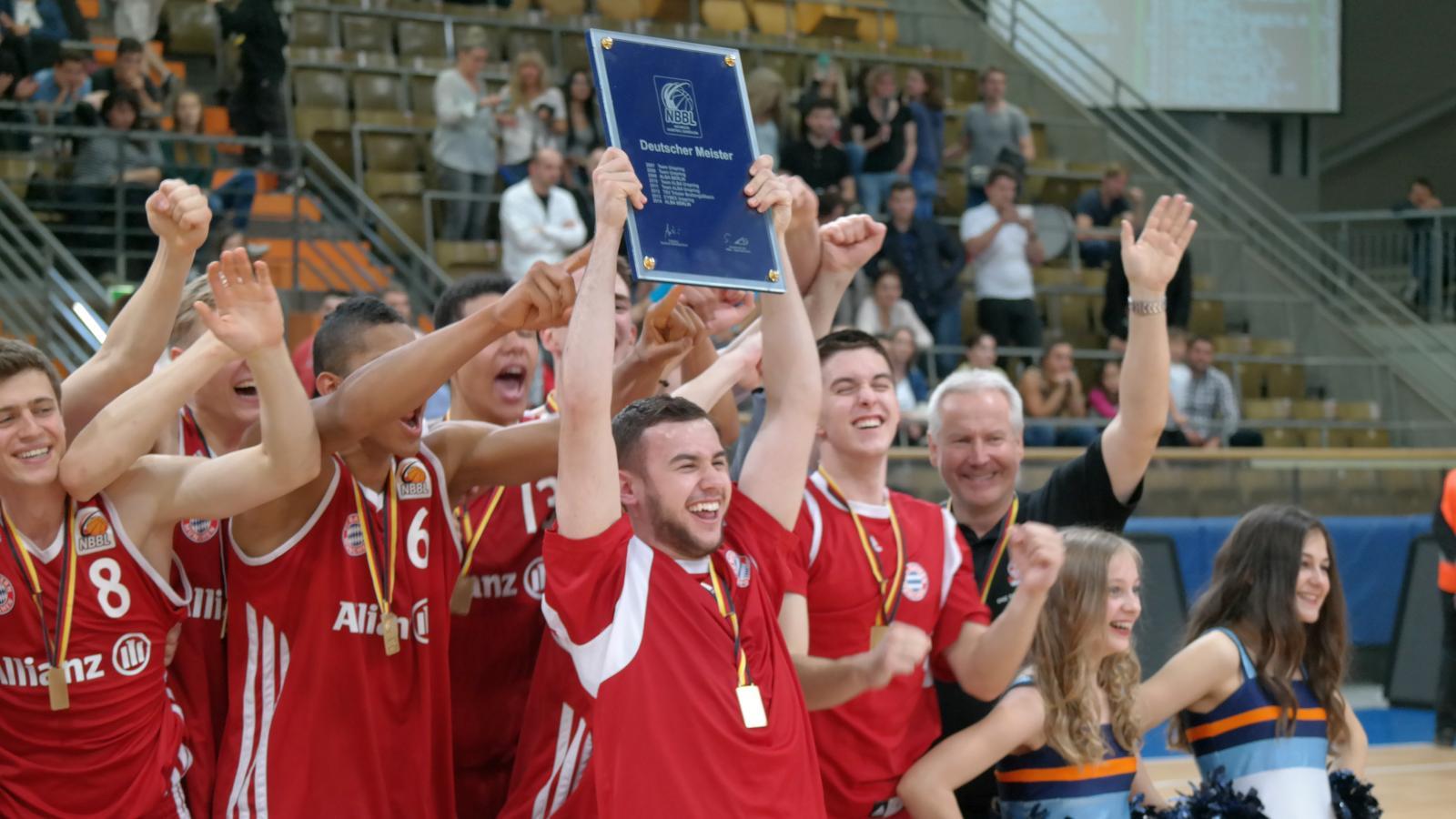 Grosser Jubel beim neuen Champion FC Bayern München Basketball
