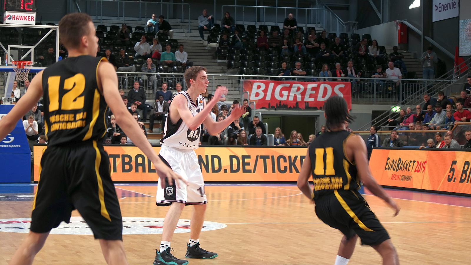 Gut bei der Frankfurter Defense aufgehoben: Philipp Herkenhoff (Young Dragons Quakenbrück)