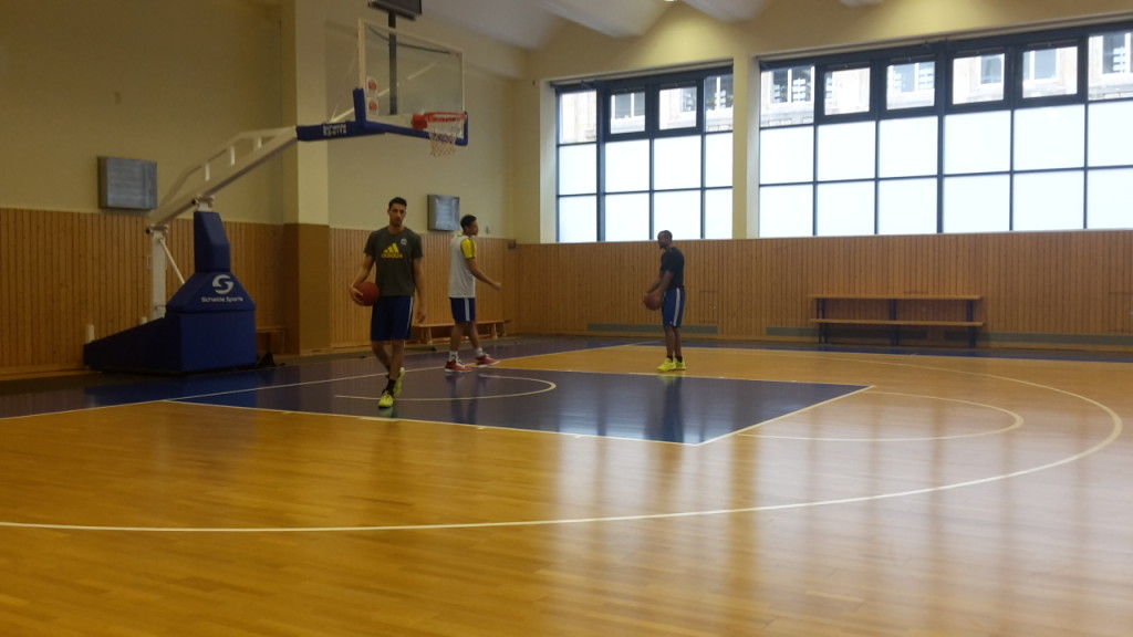 Marc Liyanage, Jordan Taylor und Brandon Ashley beim Training